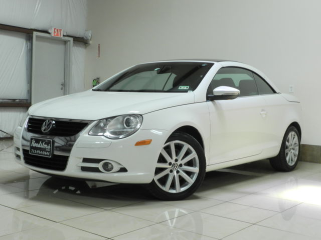 Volkswagen : Eos 2dr Conv DSG VOLKSWAGEN EOS CONVERTIBLE WITH PANORAMIC SUNROOF HEATED SEATS LOADED