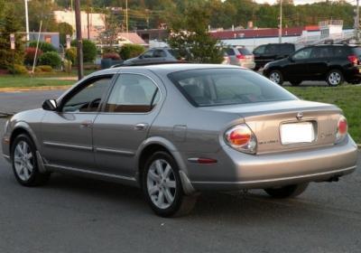 2002 Nissan Maxima super clean