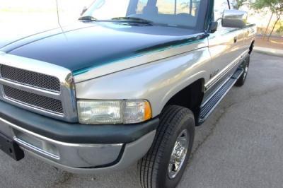 DODGE Ram2500 SLT/1997