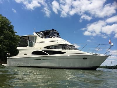 05 CARVER 41 COCKPIT MOTOR YACHT CMY FRESH WATER LIKE NEW LOW HOURS SEE VIDEO