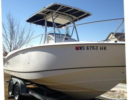 2003 Boston Whaler (Low Hours!)