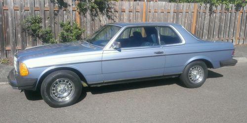 Mercedes-Benz : 200-Series 2 Door Coupe Mercedes Benz 280ce Coupe (Rare) W123 6cyl