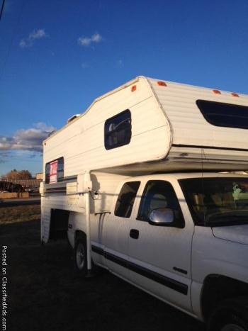 1999 Elkhorn Overhead Truck camper