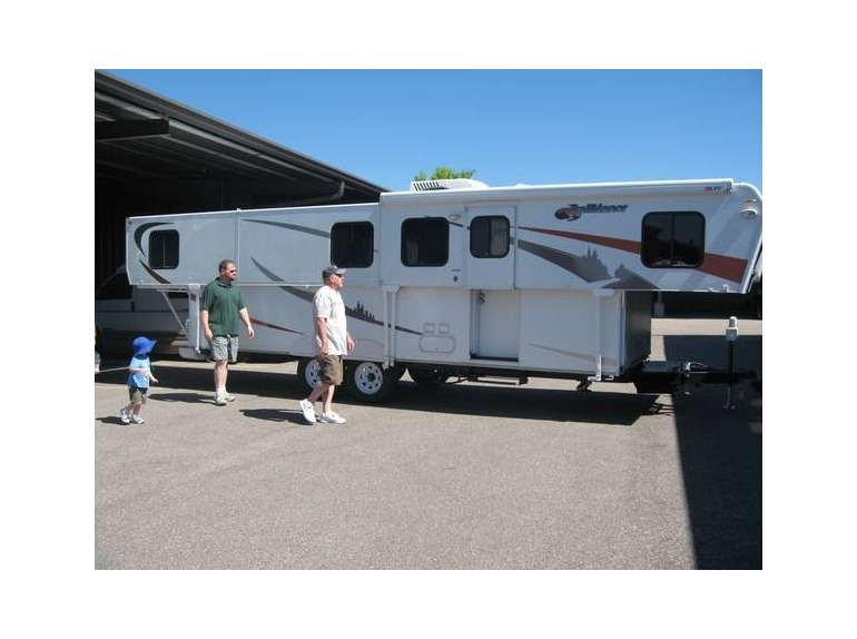 Trailmanor 3326 King Rvs For Sale