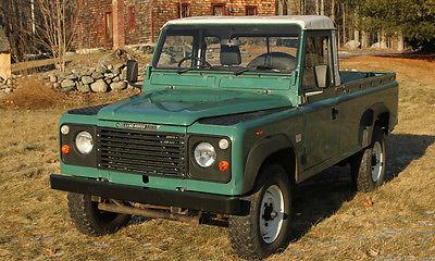Land Rover : Defender Defender Land Rover Defender 110 pickup 115,000 mile original paint 2.5 gas 5spd NO RUST!