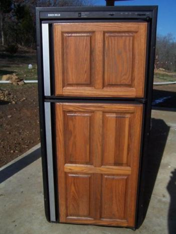 GOOD Norcold refrigerator