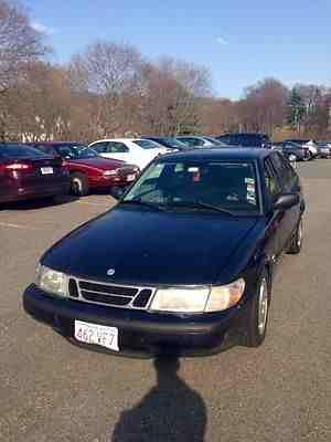 Saab : 900 S Hatchback 4-Door 1998 saab 900 s 4 dr hatchback manual