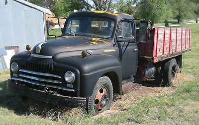 International Harvester : Other Base 1951 international lc 160 truck with 12 midwest grain bed