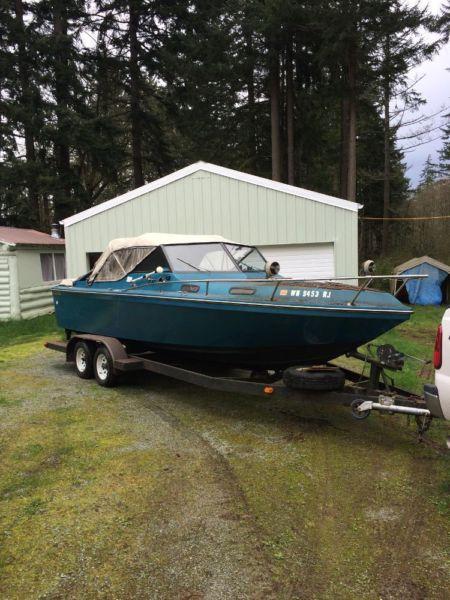 1981 Pierce 23 Power Boat