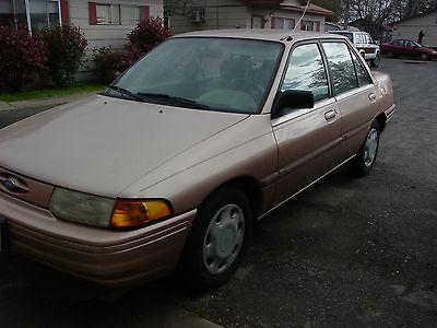 Ford : Escort LX 1994 ford escort lx sport sedan 4 door 1.9 l