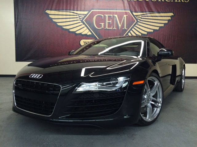 Audi : R8 Base Coupe 2-Door 2009 audi r 8 quattro awd 2 dr coupe