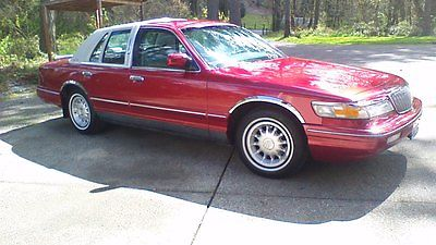 Mercury : Grand Marquis delux very nice car