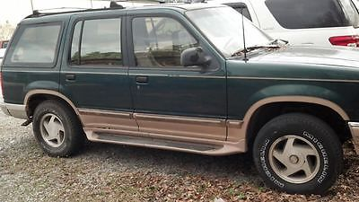 Ford : Explorer Eddie Bauer Sport Utility 4-Door Four Door, Green, Eddie Bauer, XL 4WD, Power locks and windows, bumper guard