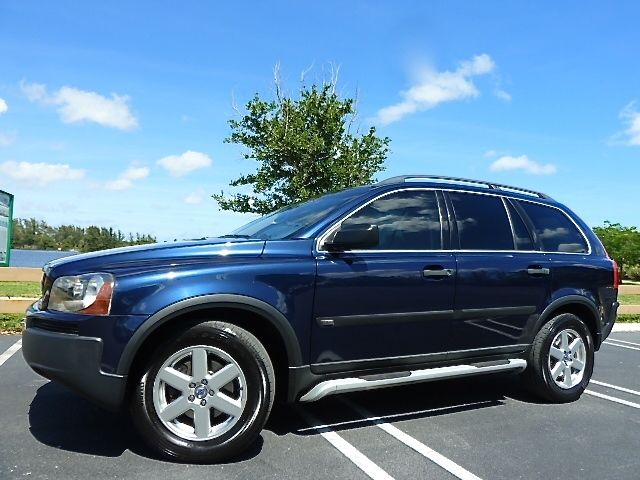 Volvo : XC90 AWD 03 volvo xc 90 5 cylinder awd navigation hands free 3 rd row seat booster seat