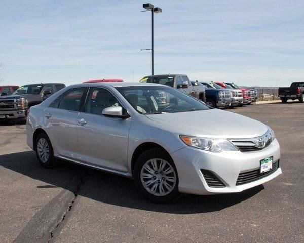 2012 Toyota Camry 4dr Car 4dr Sdn I4 Auto LE
