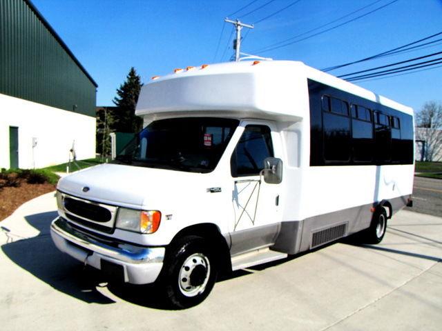 Ford : E-Series Van E-450 BUS 7.3 liter turbo diesel engine 21 passengers bus serviced inspected dvd 01