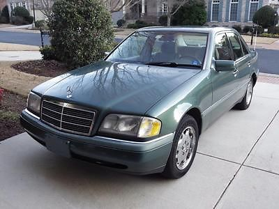 Mercedes-Benz : C-Class C220 1995 mercedes benz c 220 cosmetically excellent not operational needs new engine