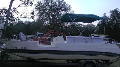 1994 22 ft Renken deckboat Deck / Party Boat 135 hp Outboard pontoon