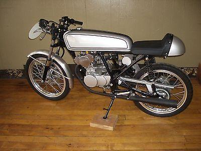 Honda : CB 2004 honda cb 50 r
