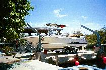 1999 Wellcraft Marine Corporation 230 Fisherman