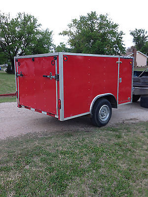 Enclosed ramp gate trailer, side door, cargo lights