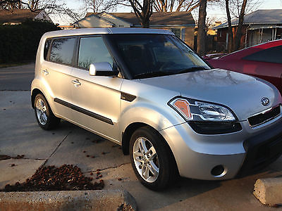 Kia : Soul Sport Hatchback 4-Door 2011 kia soul perfect first car or great for family very safe