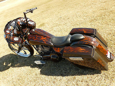 Harley-Davidson : Touring Custom Harley Davidson Roadglide Show bike