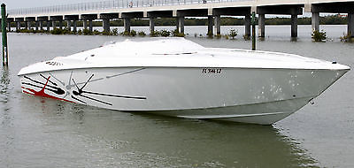 2000 33' BAJA OUTLAW SST! MERCRUISERS 502 MAGNUM ENGINES ONLY 6 HOURS ON ENGINES