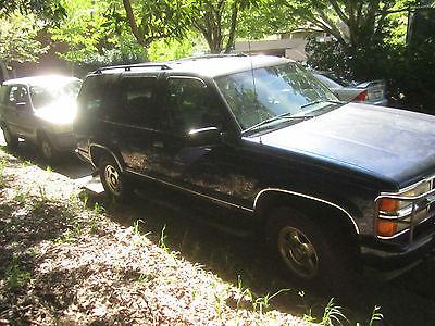 Chevrolet : Tahoe Z71 2000 chevrolet tahoe z 71 sport utility 4 door 5.7 l