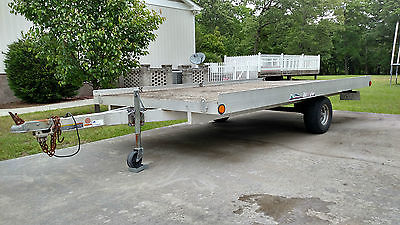 2004 Triton flat bed trailer 6.5' x 12.5 with hideable ramp