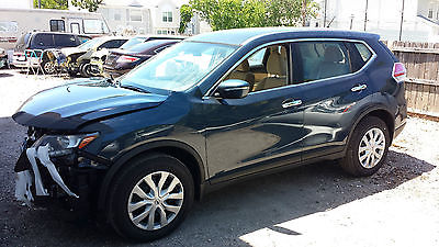 Nissan : Rogue SV 2015 nissan rogue 2.5 fwd florida salvage title 194 miles on clearwater fl