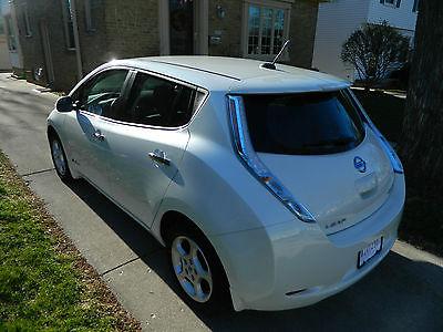 Nissan : Leaf SV Hatchback 4-Door 2013 nissan leaf sv hatchback 4 door el