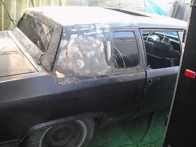Cadillac : Fleetwood black 1982 cadillac fleetwood brougham limo style propane project car