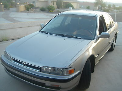 Honda : Accord LX HONDA ACCORD -1990 VERY CLEAN,BUT NOT RUNNING - HAS ALL EXTRAS AND ALL WORK GOOD