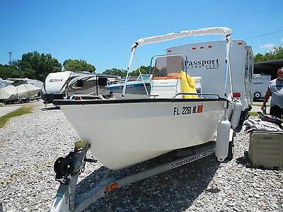 2007 Key Largo fishing boat with 2 stroke 50 hp Yamaha