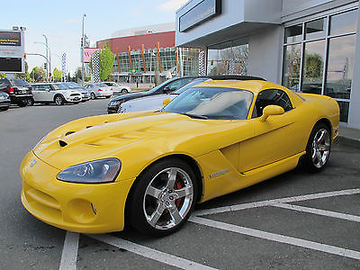 Dodge : Viper 2-Door Coupe 2010 dodge str 10 viper coupe yellow low mileage navigation