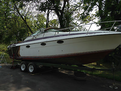 !985 IMP 27 foot express cruiser 5.7 Mercruiser Alpha 1 drive good condition