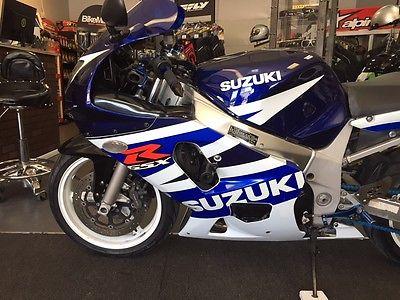 Suzuki : GSX-R Suzuki GSX R 600 White/Blue
