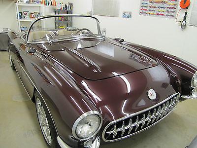 Chevrolet : Corvette Roadster Corvette 1956 Vin # E565004416