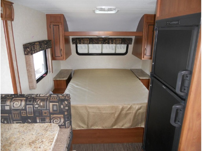 2015 Pacific Coachworks Mighty Lite 18RBS