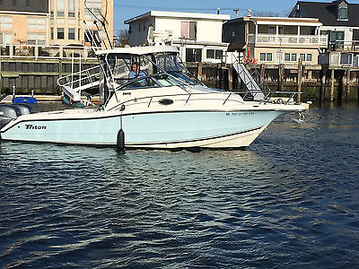 Triton 27 Foot Walkaround With Twin 200 Yamaha Motors- Blue Hull- Excellent
