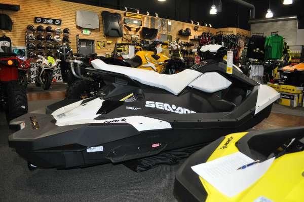 2015  Sea-Doo  Spark 3up 900 HO ACE iBR