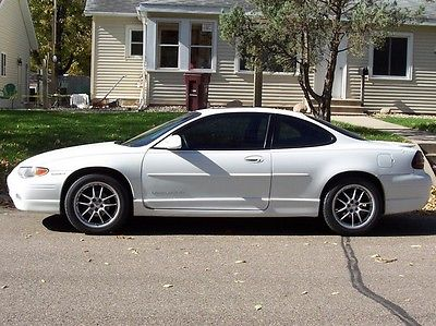 Pontiac : Grand Prix SE Sedan 4-Door 1999 pontiac grand prix se sedan 4 door 3.8 l white