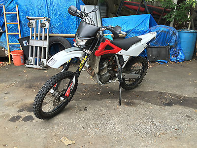 Husqvarna : TC250 Street Legal 2007 Husqvarna TC250, Electric Start