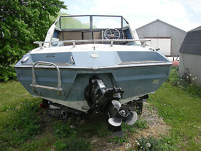 Glastron Aventura V197 Outboard Boat with Trailer and Motor