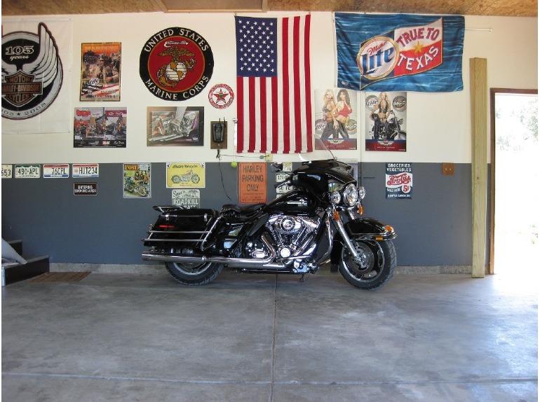 2011 Harley-Davidson Electra Glide STANDARD POLICE