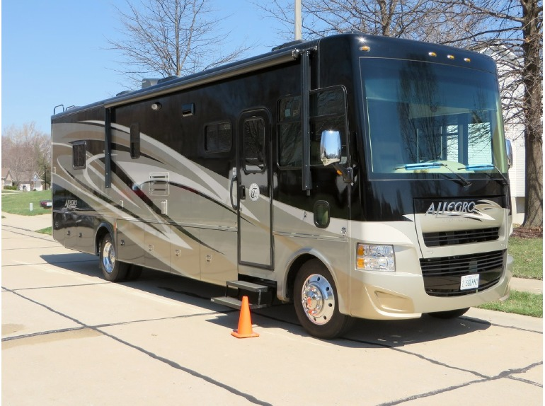 Tiffin Allegro Open Road 36la Rvs For Sale In Illinois