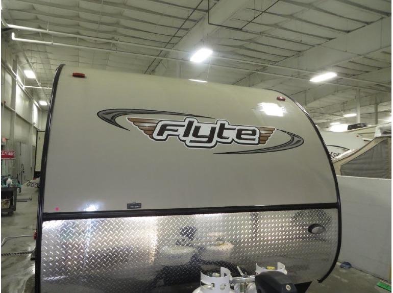 2014 Shasta Rvs Flyte 265DB