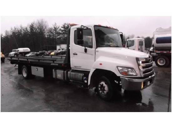 Rollback tow truck for sale in new hampshire for Motor city towing detroit