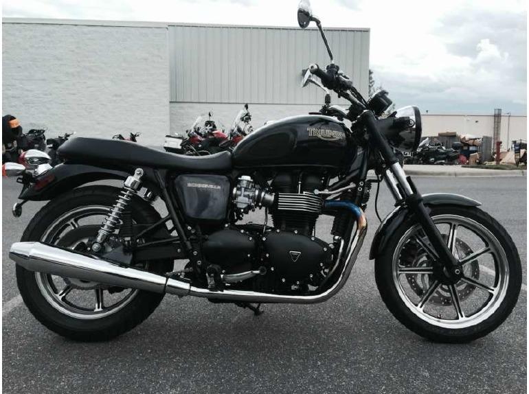 2012 Triumph Bonneville - Phantom Black